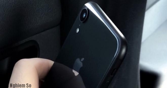 iPhone XC và XS rò rỉ hình ảnh thực tế trước giờ G