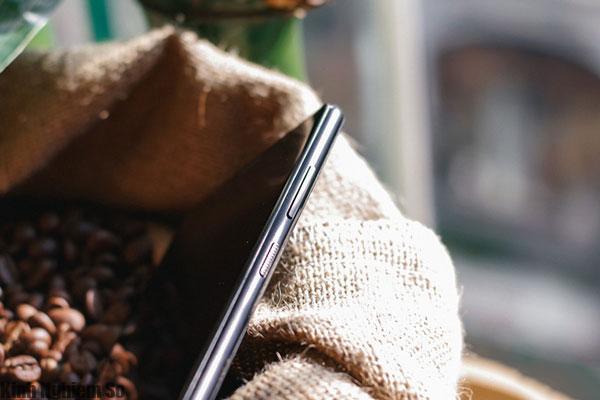 Blackberry Evolve ra mắt tại Việt Nam: Chip Snapdragon 450, giá 8 triệu đồng hình 3