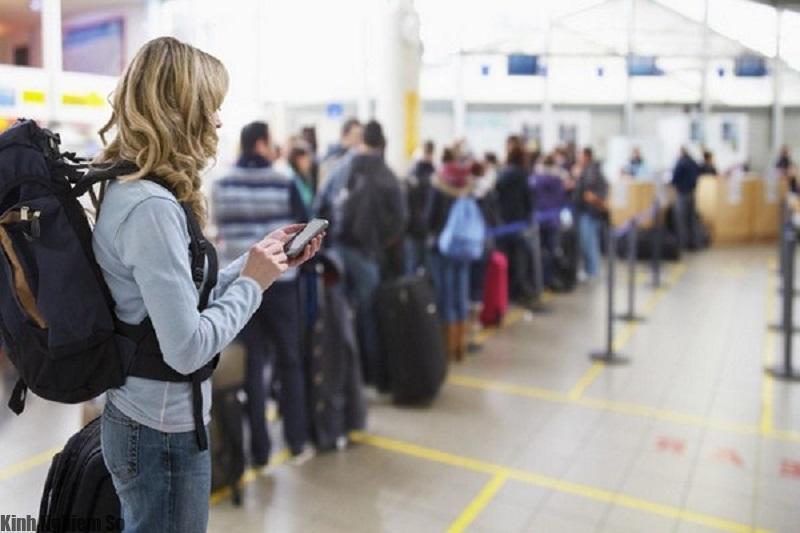 Những thứ không được mang lên máy bay bạn cần biết để không bị phạt