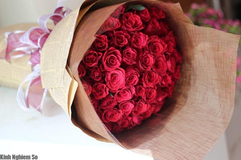 Gợi ý những món quà Valentine ý nghĩa đầy lãng mạn cho vợ, bạn gái