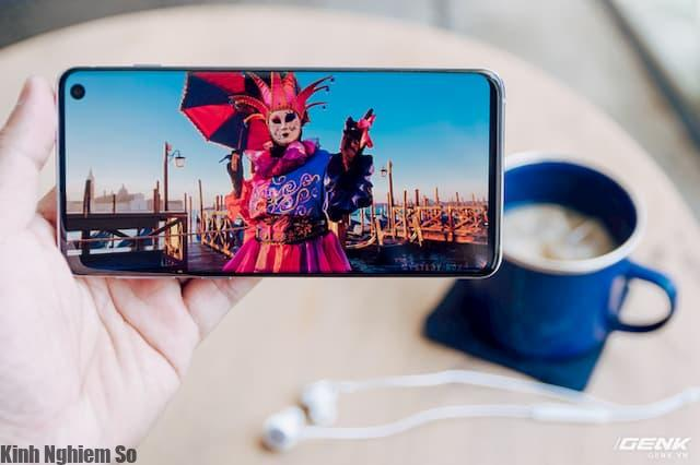 Pin Samsung Galaxy S10 3.400 mAh - Đánh giá chi tiết Pin siêu phẩm S10 hình 1