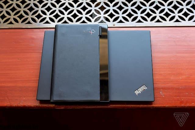 Máy tính màn hình gập Lenovo