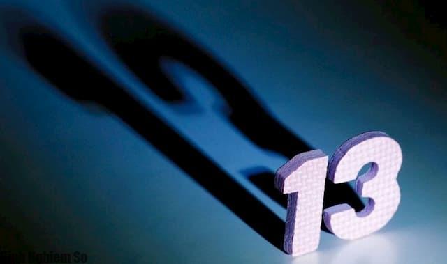 Thứ 6 ngày 13 là gì