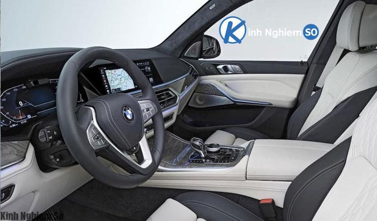 Đánh giá xe BMW X8 2020 về thiết kế vô lăng & táp lô