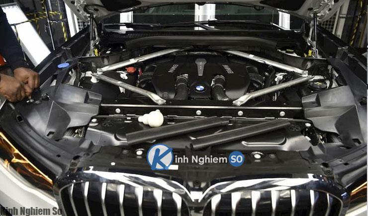 Đánh giá xe BMW X8 2020 về động cơ