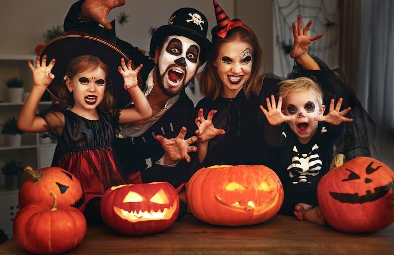 Halloween là ngày nào