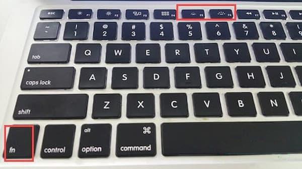 Cách bật đèn bàn phím Macbook